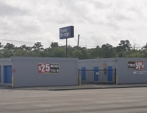 Image of Purely Storage - Beaumont - College Street Facility on 6045 College Street  in Beaumont, TX - View 2