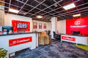 CubeSmart Self Storage - Chicago - 6000 W Touhy Ave - Photo 6