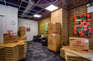 CubeSmart Self Storage - Chicago - 6000 W Touhy Ave - Photo 7