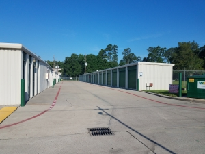 Image of Sawdust Road Self Storage Facility on 1626 Sawdust Road  in The Woodlands, TX - View 2