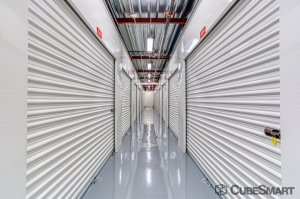 CubeSmart Self Storage - Naples - 3121 Goodlette-Frank Rd - Photo 2