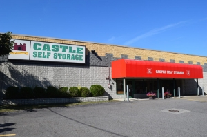 Image of Castle Self Storage - Braintree Facility at 464 Quincy Avenue  Braintree, MA