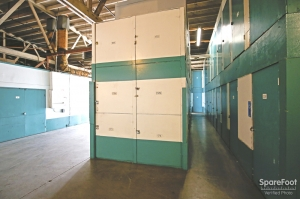 Airport Mini Storage - Los Angeles - 5221 W 102nd St - Photo 5