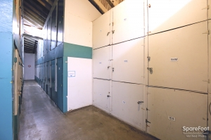 Airport Mini Storage - Los Angeles - 5221 W 102nd St - Photo 6