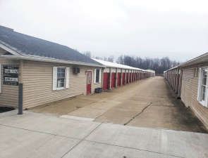 Storage Rentals of America - Brecksville - Photo 8