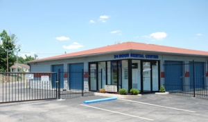 Image of Storage Express - Jeffersonville - 2515 E. 10th Street Facility on 2515 East 10th Street  in Jeffersonville, IN - View 3