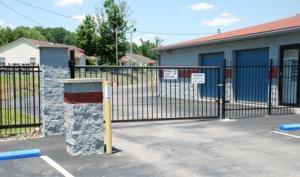 Storage Express - Jeffersonville - 2515 E. 10th Street - Photo 5