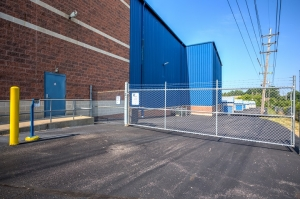 Simply Self Storage - 2345 29th Street SE - Grand Rapids - Photo 6