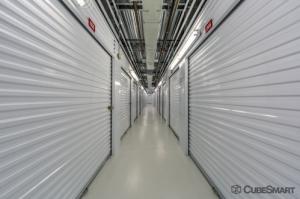 Image of CubeSmart Self Storage - Houston - 1202 Shepherd Dr Facility on 1202 Shepherd Dr  in Houston, TX - View 2