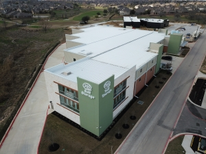 Image of 365 Self Storage Facility on 2000 University Boulevard  in Round Rock, TX - View 2