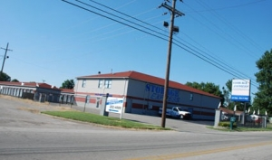 Storage Express - Clarksville - Little League Boulevard - Photo 5