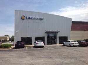 Life Storage - Hazelwood - North Lindbergh Boulevard - Photo 1