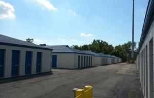 Storage Express - Fort Wayne - Saint Joe Center Road - Photo 4