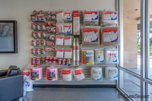 CubeSmart Self Storage - Jacksonville - 8552 Baymeadows Rd - Photo 3
