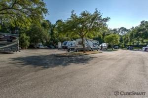 CubeSmart Self Storage - Jacksonville - 8552 Baymeadows Rd - Photo 8