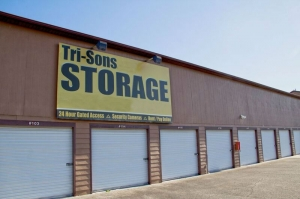 Tri-Sons Storage (T Highway)