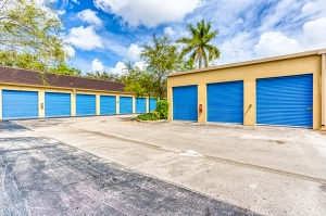 SmartStop Self Storage - Plantation - Photo 7
