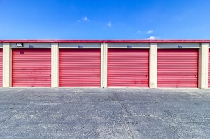 Image of SmartStop Self Storage - Oakland Facility on 5200 Coliseum Way  in Oakland, CA - View 3