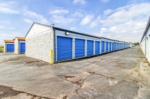 SmartStop Self Storage - Federal Heights - Photo 6