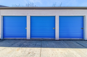 SmartStop Self Storage - Aurora - 435 Airport Boulevard - Photo 5