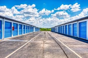 SmartStop Self Storage - Connersville - Photo 4