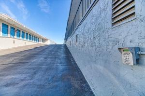 Picture of SmartStop Self Storage - Riverside - 3167 Van Buren