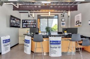 Image of Life Storage - Phoenix - 10155 North 32nd Street Facility on 10155 North 32nd Street  in Phoenix, AZ - View 3