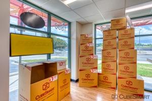 CubeSmart Self Storage - Washington - 1850 New York Ave NE - Photo 9