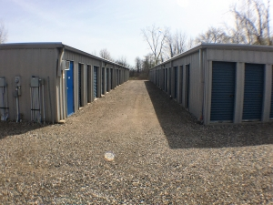 AMS Self Storage - Allenton - Photo 2