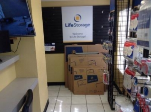 Life Storage - Austin - South Congress Avenue - Photo 7