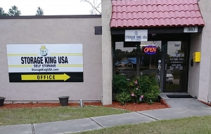 030 - Storage King USA - Spring Hill - Commercial Way - Photo 3