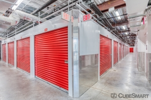 CubeSmart Self Storage - Orlando - 12709 E Colonial Dr - Photo 3