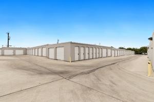 Picture 4 of US Storage Centers - San Antonio - Perrin-Beitel - FindStorageFast.com
