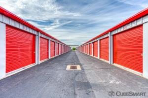 CubeSmart Self Storage - Windsor Locks - Photo 2
