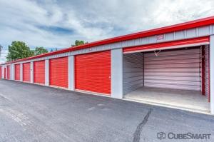 CubeSmart Self Storage - Windsor Locks - Photo 3