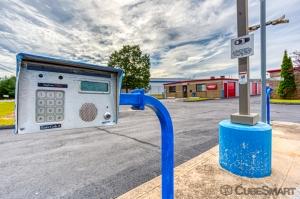 CubeSmart Self Storage - Windsor Locks - Photo 6