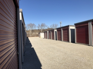 Image of Bridgeport Storage Company Facility on 401 East 4th Street  in Bridgeport, PA - View 4