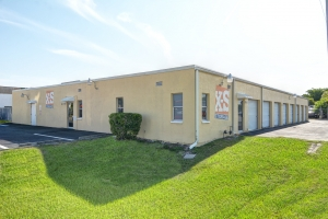Image of X-S Storage, LLC Facility at 925 Southeast 13th Place  Cape Coral, FL