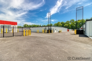 CubeSmart Self Storage - Richmond - 5050 Midlothian Turnpike - Photo 6