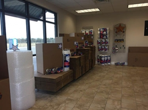 Image of Assured Self Storage - WRB Facility on 1410 North Duncanville Road  in Duncanville, TX - View 4
