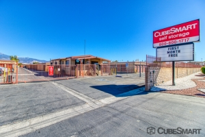 CubeSmart Self Storage - Hemet - 1180 N State St - Photo 1