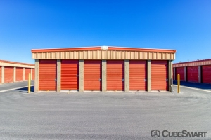 CubeSmart Self Storage - Hemet - 1180 N State St - Photo 3