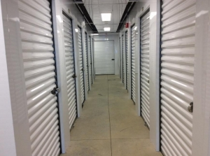 Image of Life Storage - Londonderry Facility on 6 Smith Lane  in Londonderry, NH - View 3