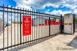 Picture of CubeSmart Self Storage - Houston - 7705 McHard Rd