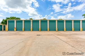 Image of CubeSmart Self Storage - Houston - 10801 Sabo Rd Facility on 10801 Sabo Road  in Houston, TX - View 2