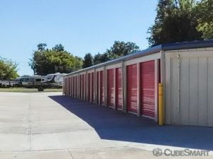 CubeSmart Self Storage - Catoosa - 2861 Oklahoma 66 - Photo 3