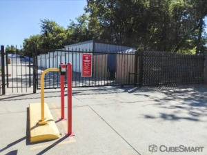CubeSmart Self Storage - Catoosa - 2861 Oklahoma 66 - Photo 6