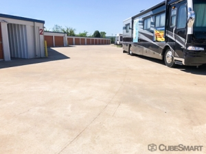 CubeSmart Self Storage - Broken Arrow - 19451 E 51st St - Photo 4
