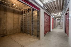 iStorage South Fairmount - Photo 4