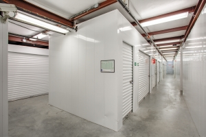 iStorage Dearborn - Photo 1